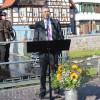 Bürgermeister Haas begrüßt die Gäste des Bauernmarkts. Foto: LEV MS