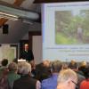 Bernd Walser, ebenfalls vom Landesbetrieb Gewässer, stellte den Staudenknöterich vor - wichtig hierbei: die Prävention! Foto: LEV MS
